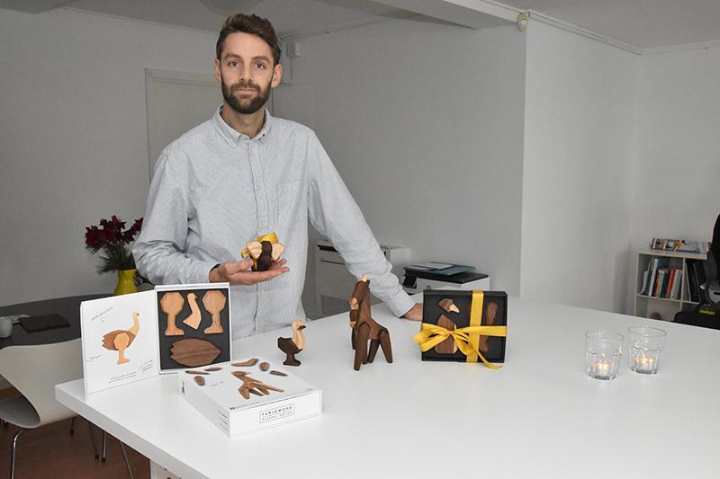 Kristian Sidelmann med et udvalg af de 16 dyr, Fablewood nu udbyder.