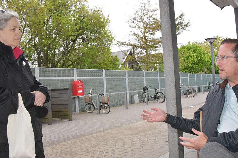 Birthe Sønderskov var straks klar til at diskutere den ny udbringningsordning, og Torben Tobiasen var med på en frisk debat.