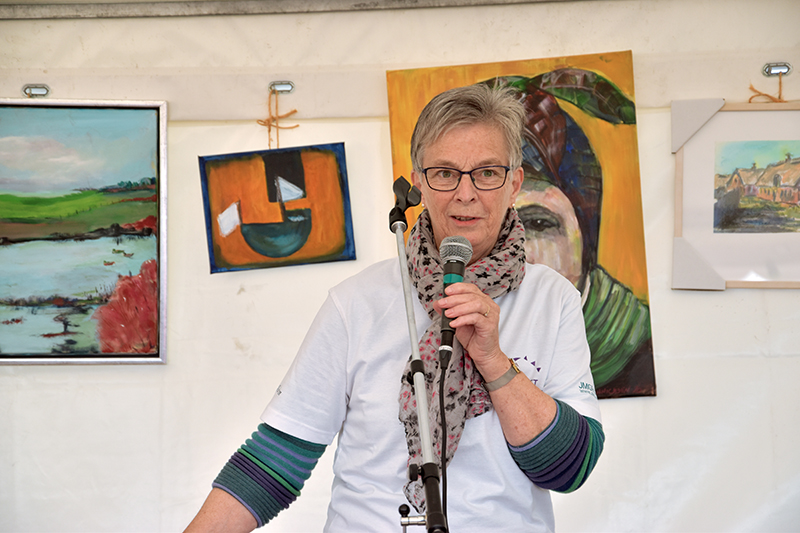 Næstformand Else Marie Olldag bød velkommen og fortalte om Stafet for Livet.