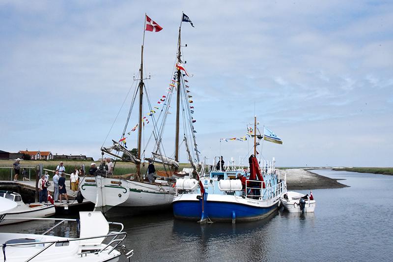 Rebekka og Vadehavet blev de første større skibe, der lagde til i havnen.