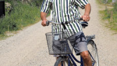 Børge Bottelet holder af at cykle rundt på Fanø, hvor han nu bor permanent i sit sommerhus.