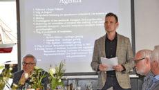 Fanø Sparekasses formand Jeppe Valbjørn og direktør Henning Balle