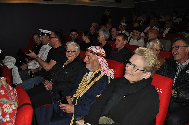 Mange kom udklædte til Martha-filmforevisningen i Fanø Biograf.