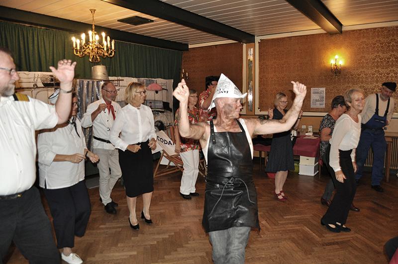 De årlige Martha-fejringer som dels finder sted på Fanø Krogaard og Fanø Biograf er en festlig begivenhed med mange skøre ritualer.