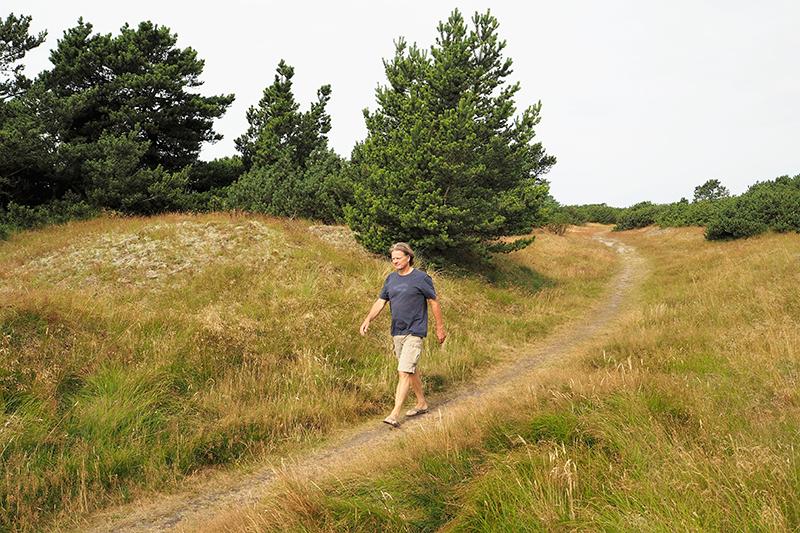 Hans Hedegaard Andersen nyder at gå ture i Fanøs natur.