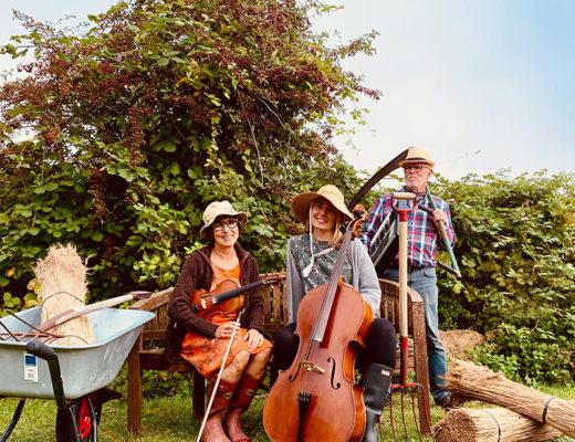 Musikken leveres af Dorte Uhrbrand, Ove Søgård og Henriette Løvdal.
