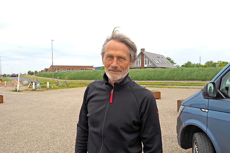 Publikum skal sidde hver for sig og sammen i hver sin bil og se filmene, forklarer Jørgen Seyfarth