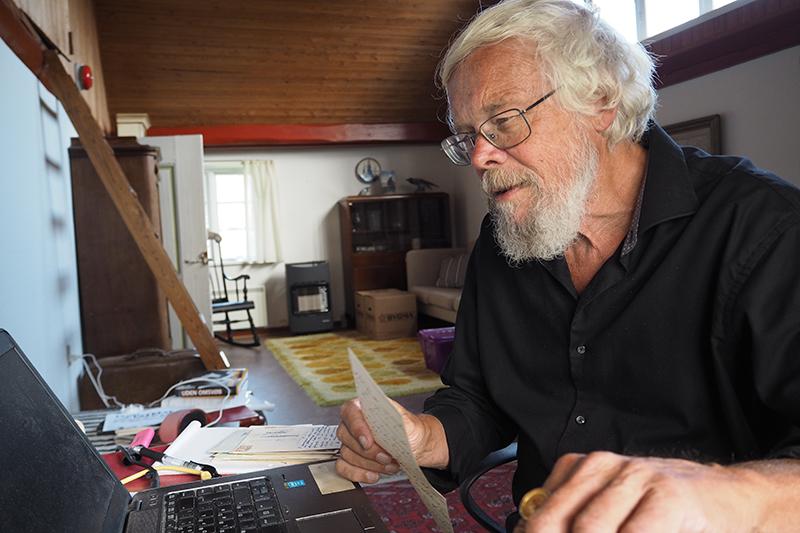Jørn Henrik Petersen har ikke manglet materiale om Bomholt.