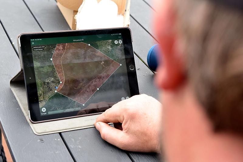 På få minutter kan græsningsarealerne ændres på en computer. Foto: Presse.